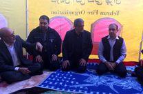 بازدید محسن هاشمی و جمعی از اعضای شورا از مناطق زلزله زده