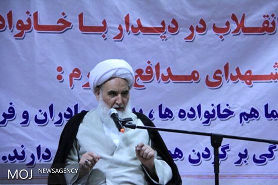 شهدای مدافع حرم سفیران انقلاب اسلامی فراتر از مرزها هستند