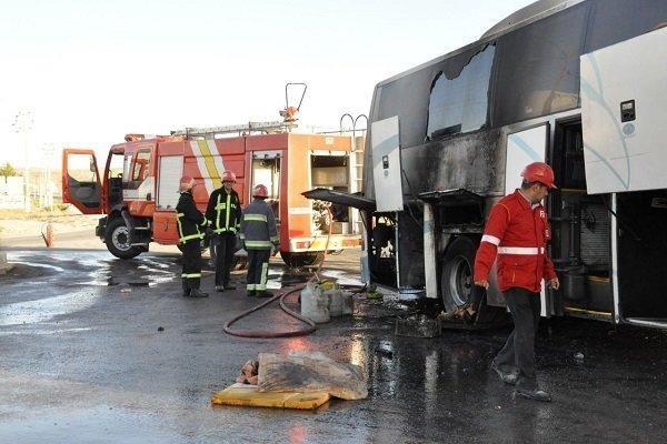 حریق اتوبوس مسافربری در جاده مشهد