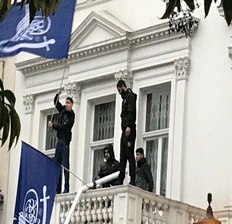 متعرضان به سفارت ایران در لندن دستگیر شدند