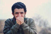 علی شادمان بازیگر فیلم مردن در آب مطهر شد